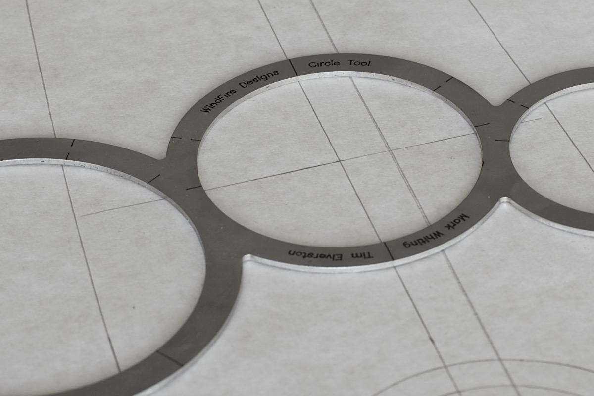 WindFire Designs Metal Circle Tool Template centering marks