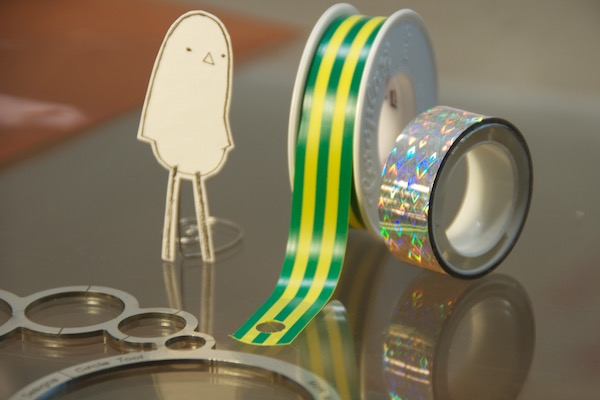 WindFire Designs Circle Tool Lonely Bird helps with tape