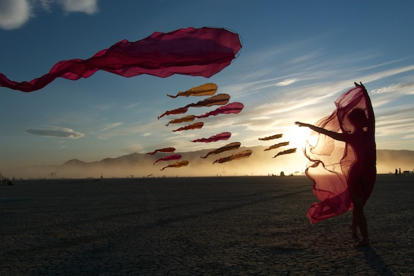 Ruth Whiting - WindFire Designs show in the Black Rock Desert NV with Flowx kites