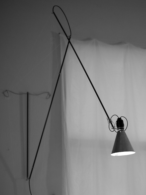 two arm counterweighted articulated lamp design by Tim Elverston